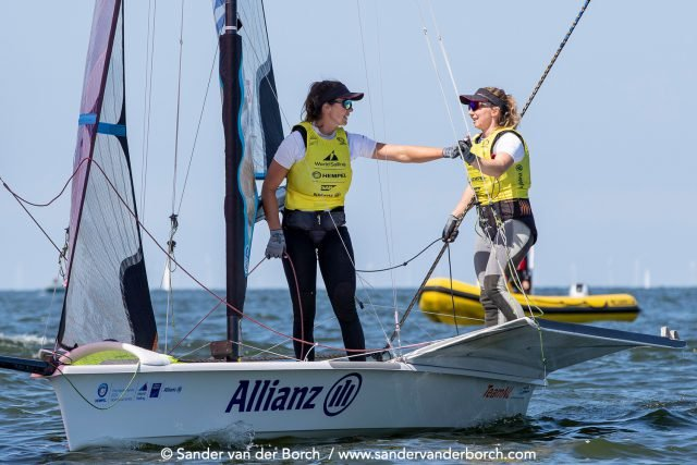 Both of the Tokyo 2020-bound Dutch teams in the 49er and 49erFX classes clinched gold on the last day of racing at the Allianz Regatta