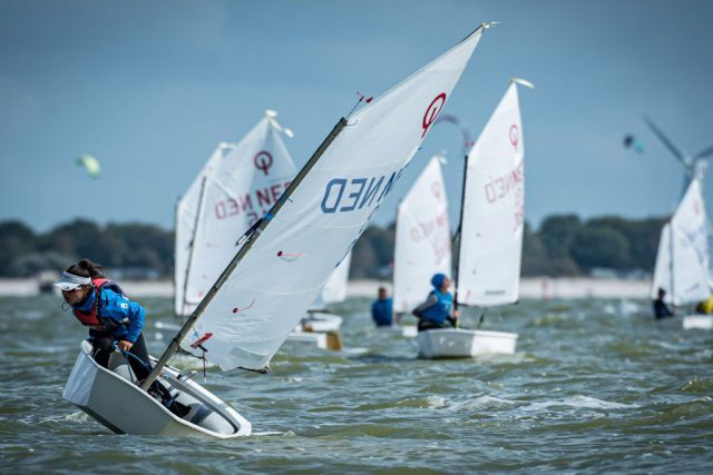 Yanne Broers – Competing for the Dutch 29er Championship